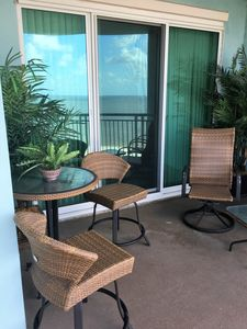 Photo for Beautiful 2 bedroom /2 bath condo with Gulf views! Bonus room with Twin Bed