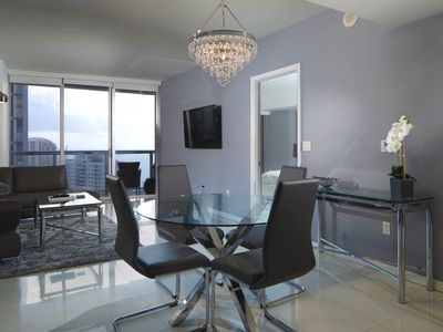 Ultra Modern 1BR in Icon Brickell by FlashStay - Apartment for 4 people in Miami