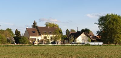 Photo for Charming little house in the countryside - south of the Paris region (Yvelines).