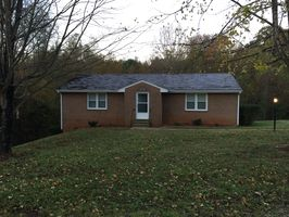 Photo for 1BR House Vacation Rental in Bedford, Virginia