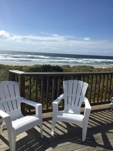 Photo for Peaceful beachfront. Amazing view with private beach access.
