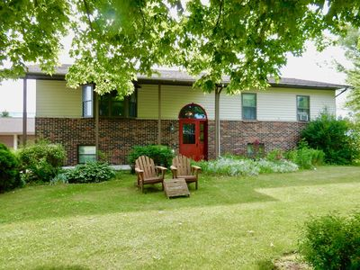 2 BR Farmhouse Apartment near U.P.'s Best Attractions - Fayette, Beaches, Golf!