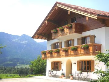 Exclusive 5 star apartment on a farm / Inzell Card plus free of charge - 'Rosmarin' 5 stars