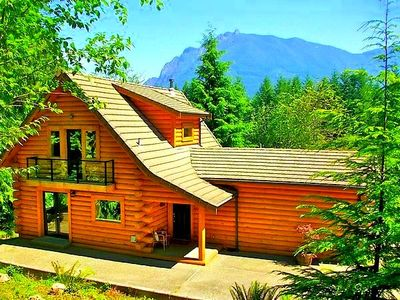 Welcome to Our Award Winning Log Home