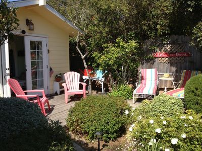 Photo for Exquisite Cottage, Private Gardens, Walk To Bay
