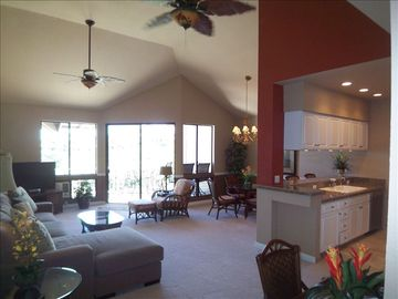OCEAN/GOLF/ROMANTIC/FULL REMOD/SPACIOUS VAULTED TOP FL/GREAT LAST MIN SPECIALS!