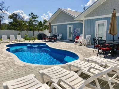 Photo for All on one level - no stairs! Private pool! Only 2 mins to the beach! Sleeps 15!