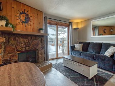 Photo for NEW LISTING! Mountain view condo w/shared pool, hot tub & sauna -near lifts