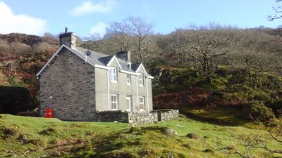 Photo for Peaceful, romantic, family cottage near Beddgelert, Snowdonia. Close to Zipworld