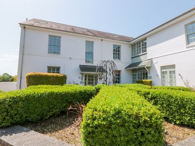 Photo for 4 THE MANOR HOUSE, with pool in Dartmouth, Ref 1007459