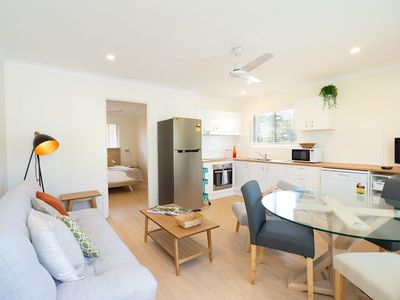 Photo for Cozy 1 Bedroom Apartment Minutes from the Beach