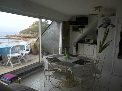 Photo for REF 129: Apartment feet in the water with magnificent sea view