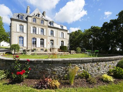 Photo for Beautiful holiday park with in- and outdoor swimming pool in Southern Bretagne