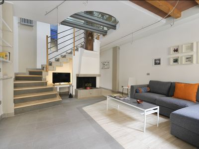 Photo for Wonderful house, 3 floors, with courtyard (center of Bologna)