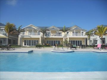 Exuma Georgetown Ocean Front Vacation in Paradise