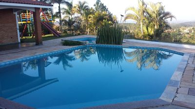 Photo for Chancara with beautiful view, in gated community prox. to Shopping Catarina.