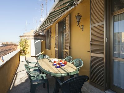 Photo for ETRURIA TOP FLOOR 100 M2 WITH LIFT CLOSE ST John Lateran AND METRO (ROME CENTRE)