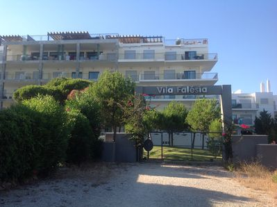 Rear entrance to complex from Falesia beach
