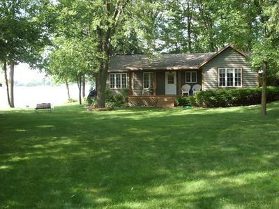 Photo for 1200 sq ft 3 bedroom house with 160 feet of lake frontage on kettle moraine lake