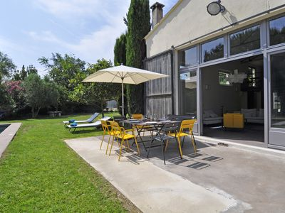 Photo for Rental of charm and comfort in Saint-Rémy de Provence: Le Hang'art - swimming-pool