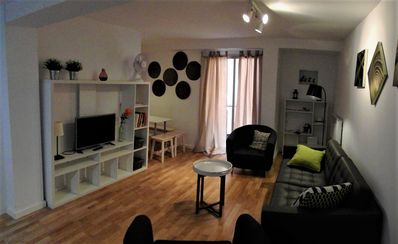 Photo for Spacious apartment in Cabanyal, 500 m from the beach, free Wifi