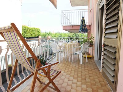 Photo for Between Acireale and Taormina- Apartment with large terrace and Etna view