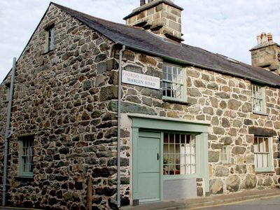 Photo for Monumental stone house in the centre of Dolgellau in Snowdonia National Park