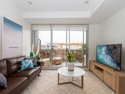 Photo for Big and Bright in the heart of St Kilda