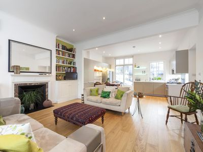 Photo for Crawford Street - luxury 2 bedrooms serviced apartment - Travel Keys