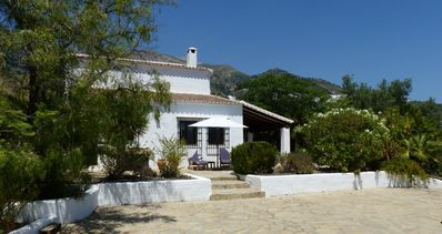 Photo for Luxurious villa in a peaceful location fully equipped for a holiday in comfort