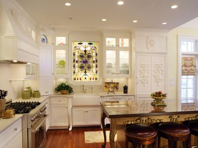 Photo for The Jewel of Monterey Sq The Wedding Cake Mansion for Large Groups & Families