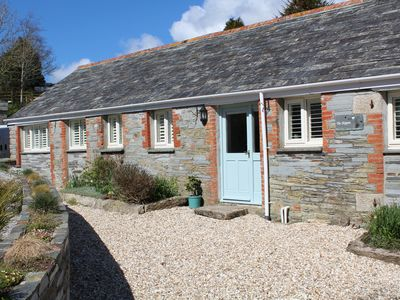 Photo for Cosy rural coastal cottage, large garden, family and pet friendly, well located