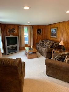 3 BR 2 BA Sleeps 12!  Beautiful home 1/2 mile from trails, see the UP sights!