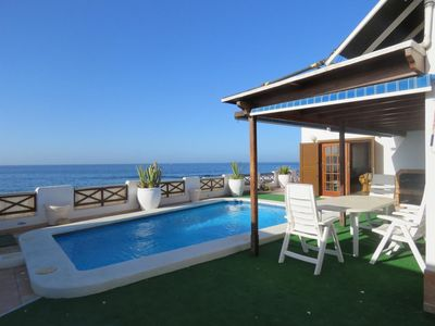 Photo for Villa Romantica in the first line of the sea, private pool, large terrace, Wifi, SAT-TV