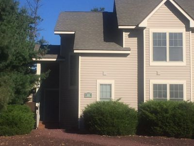 Photo for Beautiful townhome located close to Camelback Mountain Resort!
