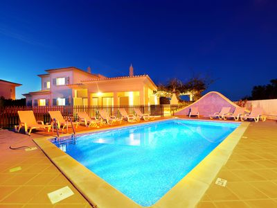 Photo for Villa in Albufeira with 5 bedrooms sleeps 10