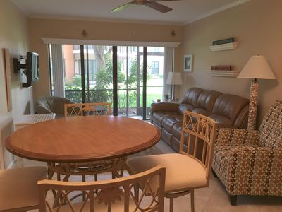 Photo for ☀Mariner 1st Flr Condo Across from Resident's Beach☀Close to restaurants☀