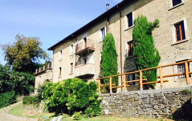 YOUR PERFECT HOLIDAY DESTINATION IN TIME WARP VILLAGE TUSCANY