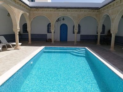 Typical house (mouth) with swimming pool not overlooked