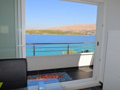 Photo for 004, 4* apartment directly on sea