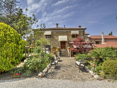Photo for Villa Lucetta: A characteristic two-story ancient house.