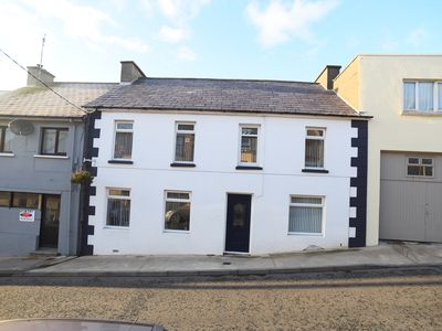 Photo for Terraced Townhouse for 8/10