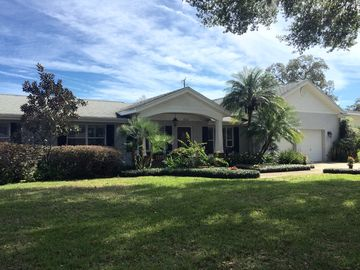 Beautiful 3/3 Pool Home Centrally Located In  Exclusive Winter Park, Florida