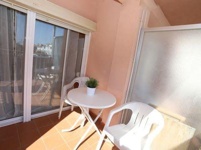 Photo for 136 - LA PONDEROSA. Apartment 350m from the beach.