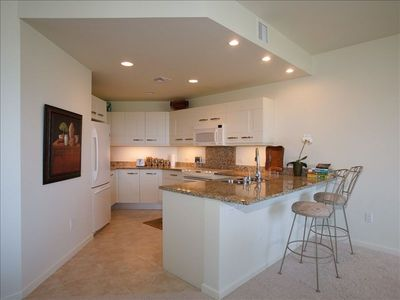 Beautiful Kitchen with all appliances and granite counters