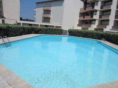 Photo for Flat for 4 persons withswimming-pool in the residence