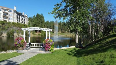 Photo for 3 Bedroom Luxury Condo on Okanagan Golf Course - Sleeps 6 with Pool and Hot Tub