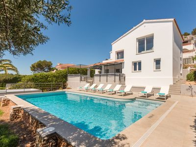 Photo for 3 bedroom villa. Ideal families. Terrace with pool and sea view.