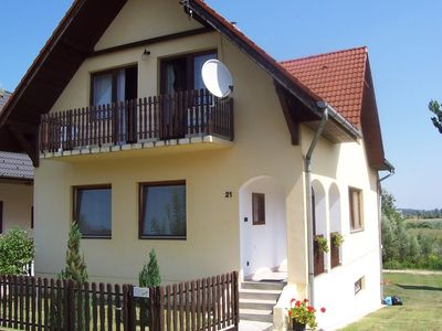 Holiday apartment 600m from the sandy beach