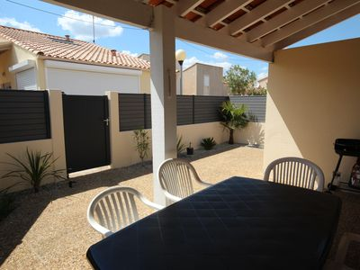 """Photo for Pretty corner villa located in secured residence """"Les Marines"""" with pool, for 5 persons, only..."""